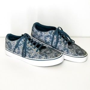 Vans Off the Wall  Floral Print Size 8